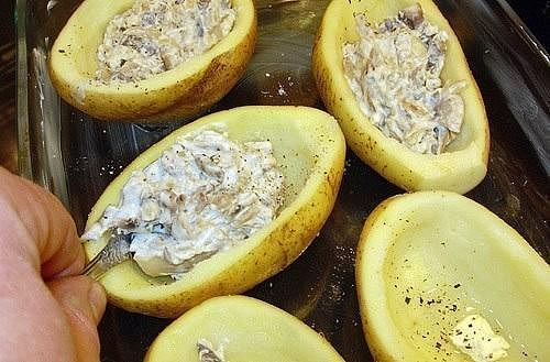 Картошка фаршированная грибами