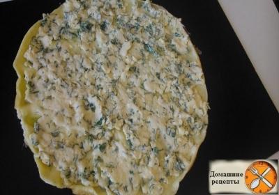 Рулет омлетный с плавленным сыром