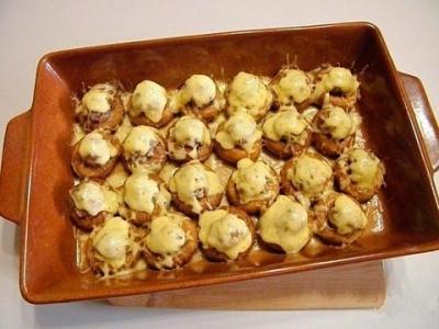 Необычные булочки с фаршем в духовке