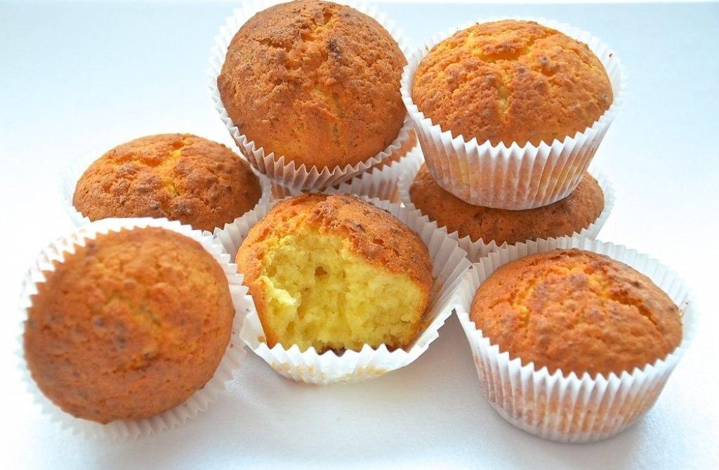 Творожные кексы с лимоном.
