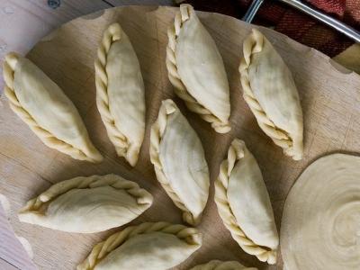 Азиатские жареные пирожки - карри паффы 8