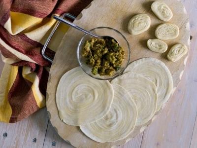 Азиатские жареные пирожки - карри паффы 6