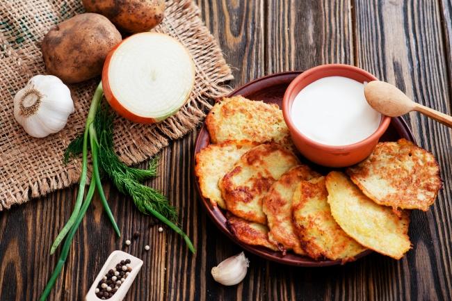 6-receptov-dranikov-kotorye-sesh-vmeste-s-lozhkoj4