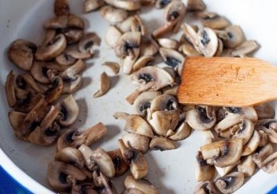 Запеченная картошечка с грибами и сметаной 1