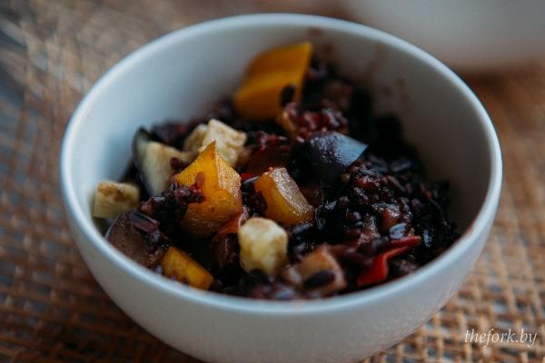 Черный рис с овощами 1